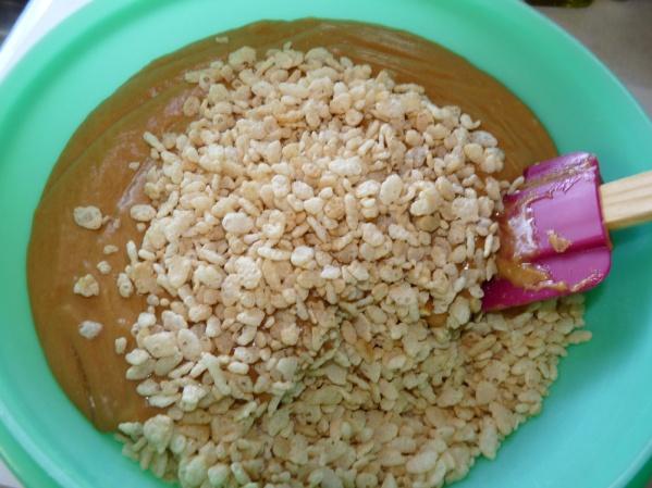 Stir together in large bowl