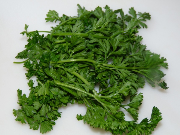 Chop 1/4 cup fresh parsley