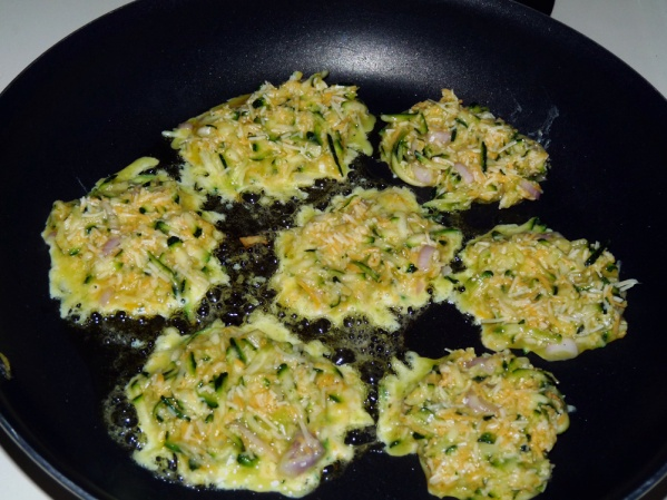 My skillet held about 7 fritters at a time