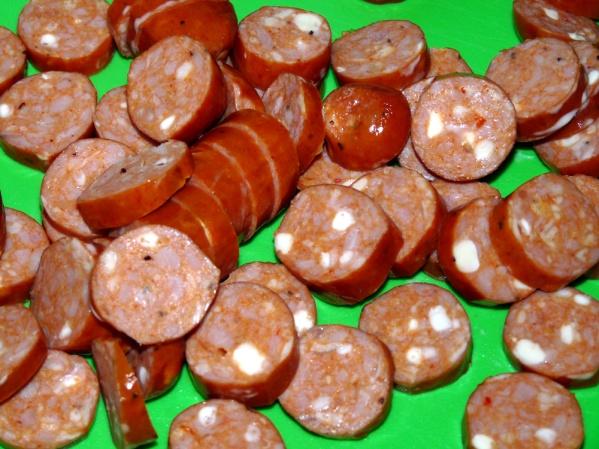 Slice sausages