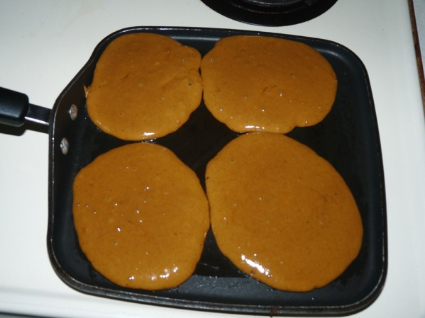 Pour pancakes onto oiled griddle by 1/4 cup measures