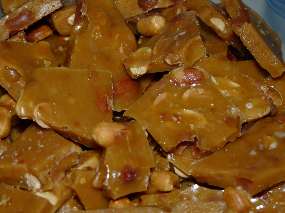 Peanut Brittle | Lady Melady: My Castle, My Food