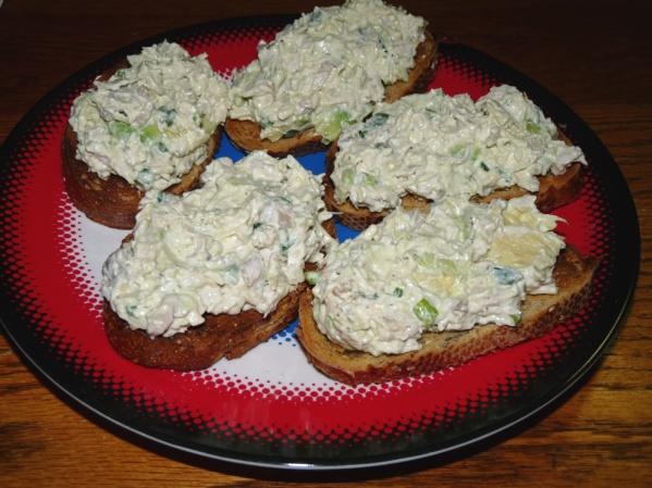 Turkey Avocado Crostini