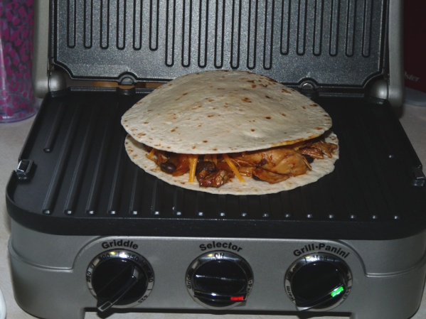 Place on griddle and close lid