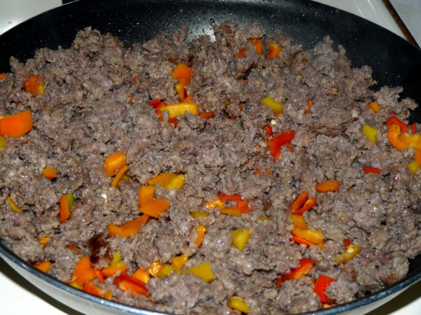 Brown sausage and peppers
