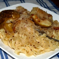 Baked Pork Chops with Sauerkraut and Apples
