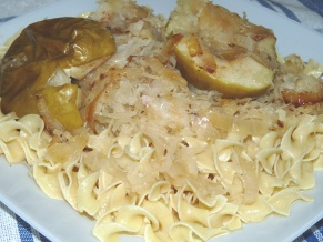 Pork Chops with Sauerkraut and Apples