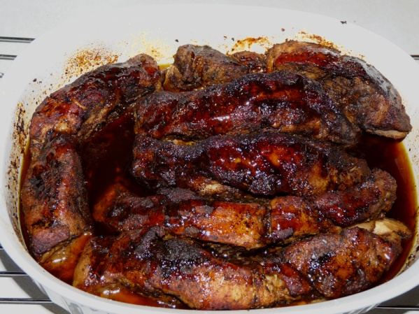 Roasted pork ribs with dry rub