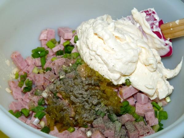 Add horseradish, seasoning and mayo