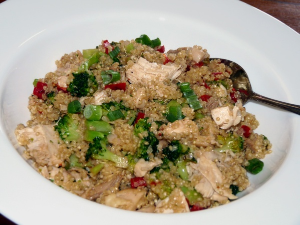 Quinoa Chicken Broccoli Bowl