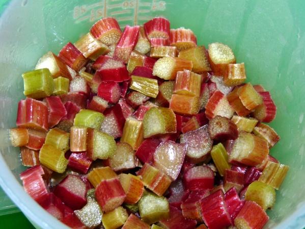 1 1 /2 cups chopped rhubarb
