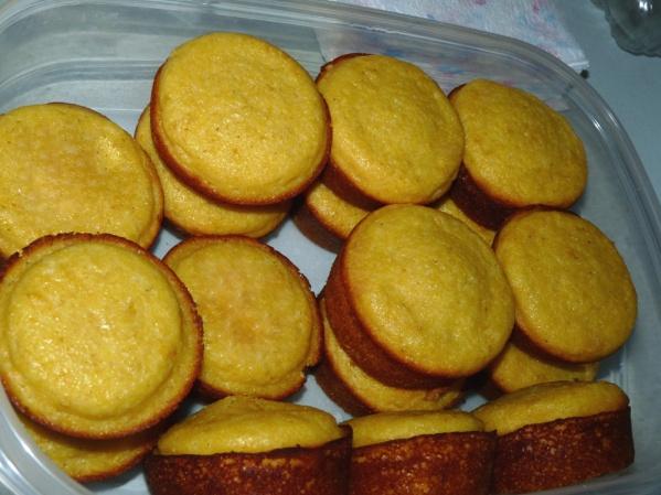 Glenn's Cornmeal Muffins