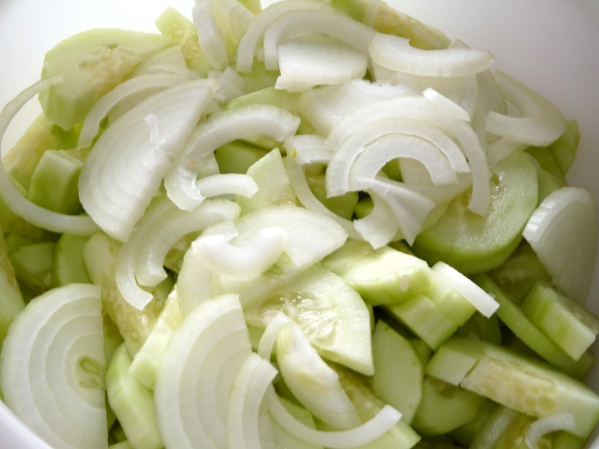Slice onions thinly