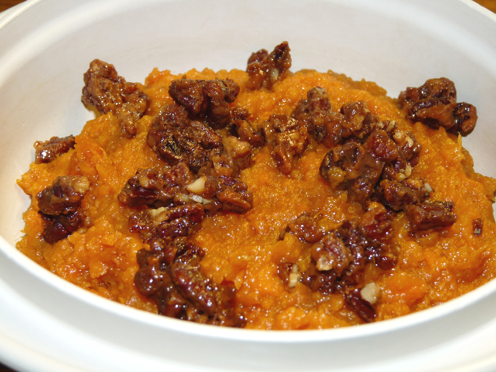 Bourbon Mashed Sweet Potatoes with Candied Pecans | Lady ...