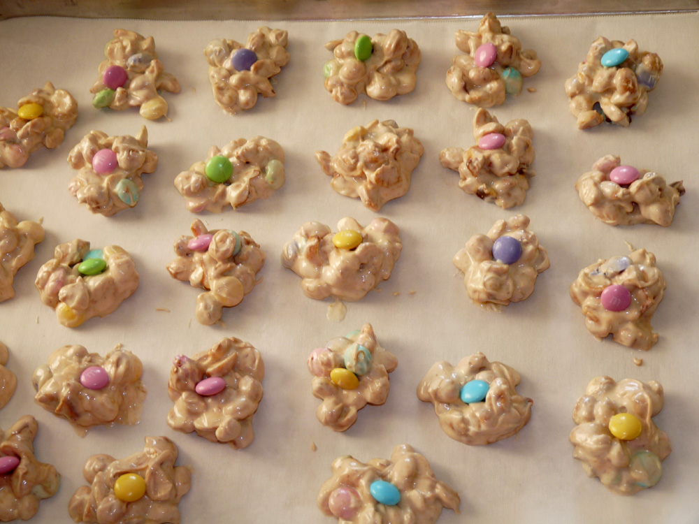 Use a small cookie scoop to scoop candy into little mounds, placing them on parchment paper covered sheet pans. My batch made 96 candies.