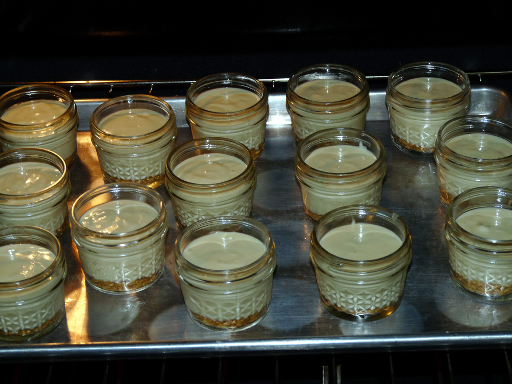 Fill jars with key lime filling and place on baking sheet.