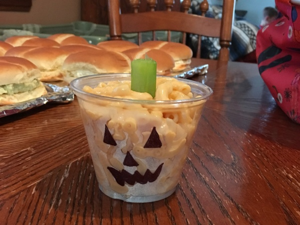 Jack O Lantern Mac N Cheese