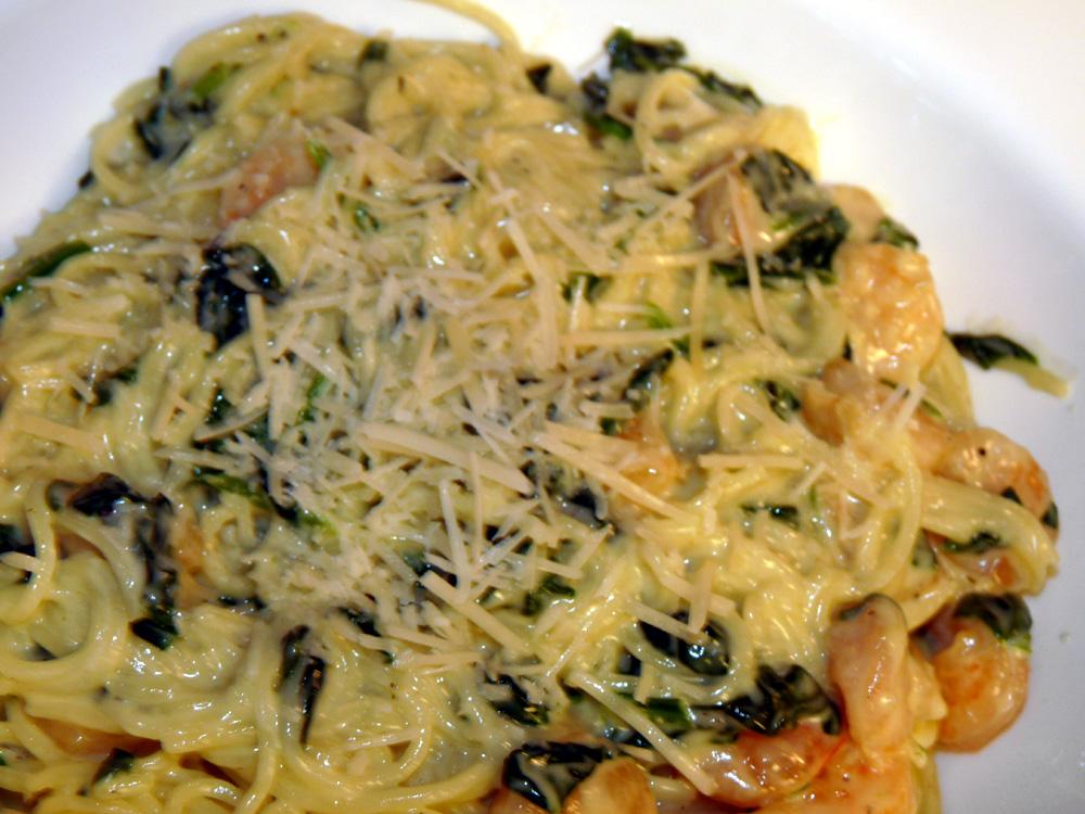 Creamy Spinach Pasta with Ham or Shrimp