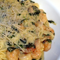 Creamy Spinach Pasta with Ham or Shrimp