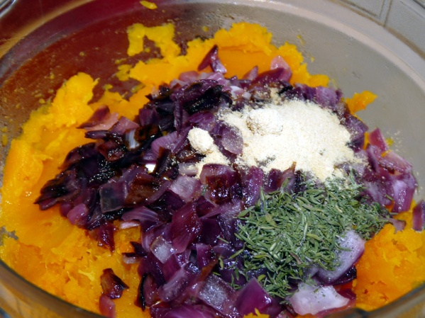 In a blender or food processor add butternut squash, onion, thyme, sage, garlic powder and salt.