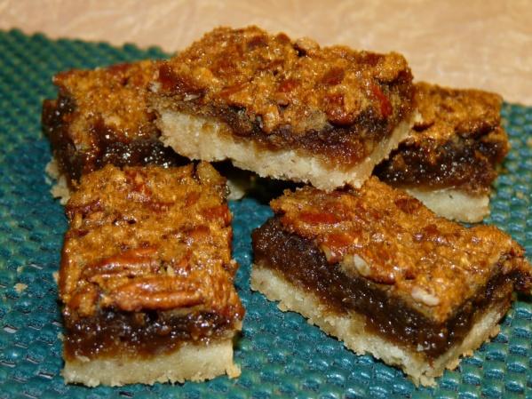 Bourbon Pecan Pie Bars