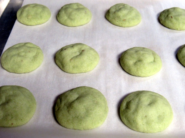 Bake 9-10 minutes, until the bottoms are just beginning to turn brown.
